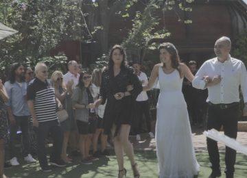 להקה לחתונה קטנה בגרסה אקוסטית